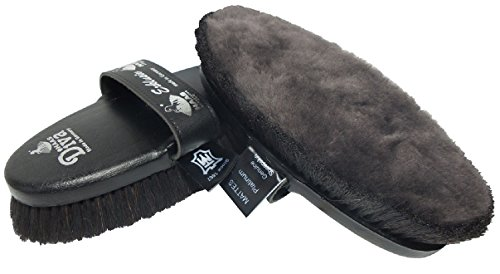 haas-diva-exclusive-grooming-brush-with-matte-lambskin-black