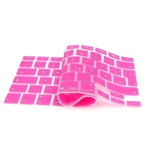 iProtect Tastaturschutz QWERTZ aus rutschfestem Silikon für Apple Macbook Pro Retina 13, 15 Zoll in