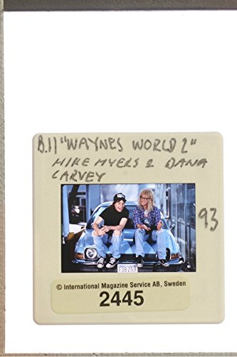 slides-photo-of-canadian-actor-mike-myers-gossiping-with-us-actor-dana-carvey-sitting-bonnet-on-the-