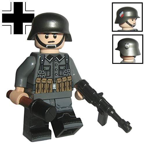 Custom Brick Design - WW2 Serie - Deutscher Soldat V.3 Figur - modifizierte Minifigur des bekannten Klemmbausteinherstellers & somit voll kompatibel zu Lego