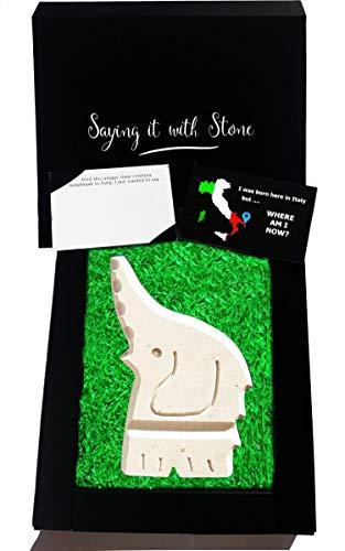 Glücklicher Elefant aus Stein - Handgemacht in Italien - Enthält Fossile Fragmente - Geschenk Geschenkidee Geburtstag Jahrestag Hochzeitstag Hochzeit Männer, Frauen & Freundin