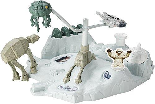 Preisvergleich Produktbild Star Wars Hoth Echo Base Battle Hot Wheels 06966
