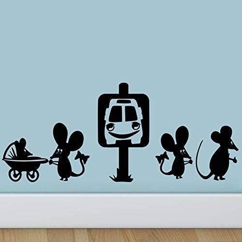 Lustige Maus Nehmen Sie Das Taxi Dekorative Wandaufkleber Cartoon Loch Wandtattoo Ratte Für Schlafzimmer Wohnzimmer Vinyl Mäuse Kunst Dekoration