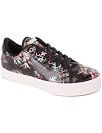 Guess Mesdames Sneaker motif de fleurs en dentelle