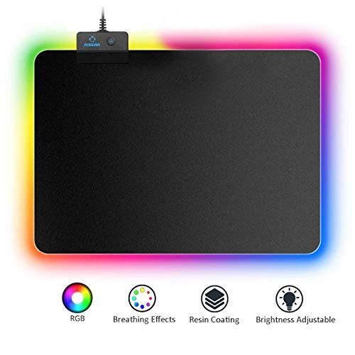 AIRENA RGB Gaming Mauspad mit 7 LED Farbe,14 Beleuchtungs Modus, Regenbogeneffekte, Stoffoberfläche, Tischunterlage, Leuchtendes Mousepad,Non-Skid Maus/Tastatur Matte für PC/Laptop and Gamer -