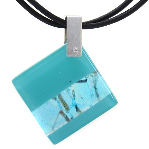 tianguis-jackson-dichroic-glass-on-black-cord-445cm-necklace