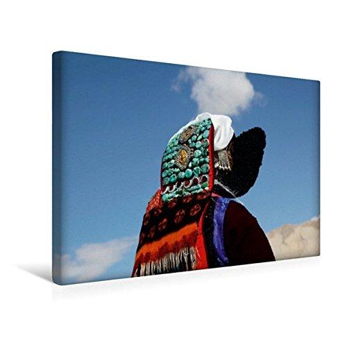 (Calvendo Premium Textil-Leinwand 45 cm x 30 cm Quer, Frau mit ladakhischem Kopfschmuck | Wandbild, Bild auf Keilrahmen, Fertigbild auf Echter Leinwand. Feiern, Ladakh, Indien Orte Orte)