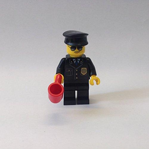 Preisvergleich Produktbild Lego Figur Gefängniswärter -- Ninjago -- (aus Set 70591)