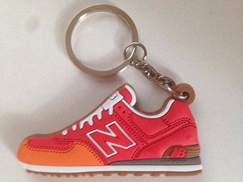 Preisvergleich Produktbild New Balance 574 Schlüsselanhänger Rot Sneaker Keychain Orange