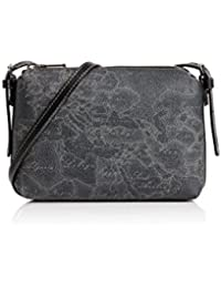 Amazon.co.uk  Alviero Martini - Handbags   Shoulder Bags  Shoes   Bags 53902853e03