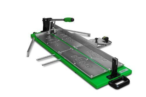 Fliesenschneider BTC 900 mit einer Gesamtschnittlänge von 900 mm und einem integrierten Rollbandmaß.