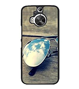 Sunglasses on a Bench 2D Hard Polycarbonate Designer Back Case Cover for HTC One M9 Plus :: HTC One M9+ :: HTC One M9+ Supreme Camera