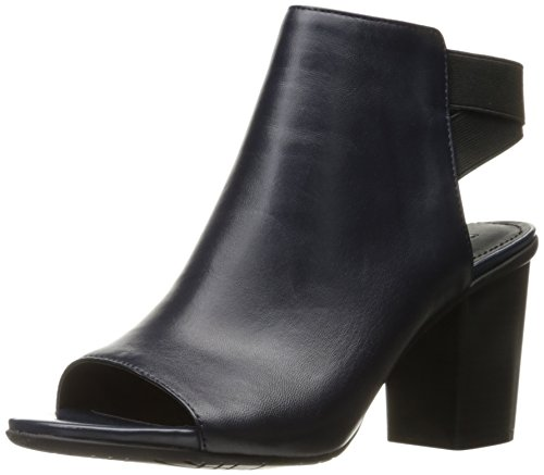 kenneth-cole-reaccion-de-la-mujer-fridah-fly-ankle-bootie