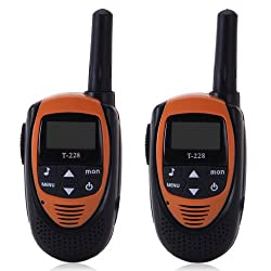 Floureon 22 Channel Walkie Talkies UHF462-467MHz 3-5KM(1.9-3.1MI) Range 2-Way Radio (Pack of 2)