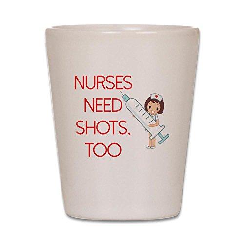 (CafePress–Krankenschwestern brauchen auch Shots–Shot Glas, Einzigartige und lustige Shot Glas weiß)