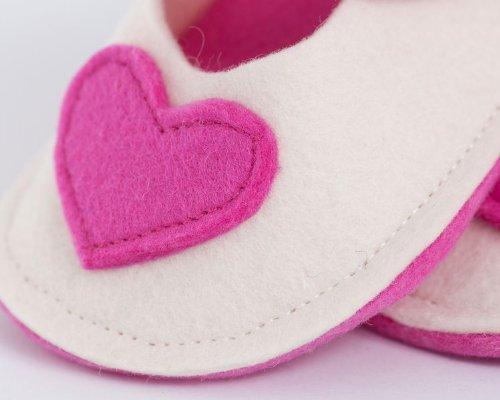 Handgefertigt wunderschönen Baby Schuhe von höchster Qualität Wolle rosa herz