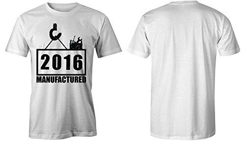 Manufactured 2016 - Rundhals-T-Shirt Männer-Herren - hochwertig bedruckt mit lustigem Spruch - Die perfekte Geschenk-Idee (02) weiss