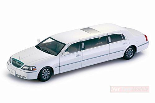 Lincoln Car 2003 Town (NEW SUNSTAR SS4201 LINCOLN TOWN CAR LIMOUSINE 2003 WHITE 1:18 MODELLINO DIE CAST)