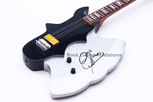 RGM147 Gene Simmons Kiss Axe Miniaturgitarre
