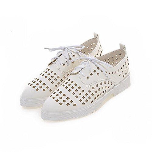 VogueZone009 Femme Lacet à Talon Bas Pu Cuir Couleur Unie Pointu Chaussures Légeres Blanc