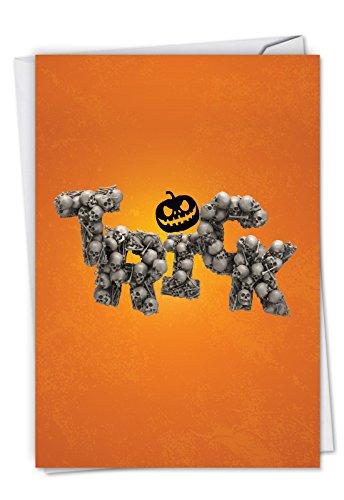 c6123ehwg Spooky words-trick: Ausgelassene Halloween Grußkarte, das mit einem Bild von Fürchterlich Worte gebildet mit Knochen, mit Umschlag.