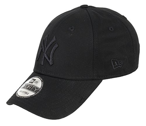 New Era 9FORTY New York Yankees Baseball Cap - League Essential - Black On Black Adjustable