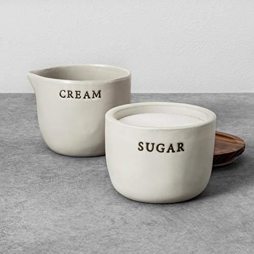 Herzen und Hand mit Magnolia Steingut creme Keller und Zuckerdose Joanna Gaines Limited Edition Keller Serveware