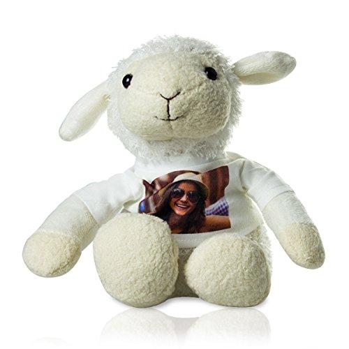 Stofftier Schaf mit persönlichem Foto - Kuscheltier mit eigenem Bild auf Einem weißen T-Shirt Bedruckt - weiß, 20 cm