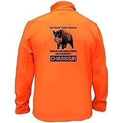 AtooDog Veste de Chasse en Softshell, Sanglier, on nait Tous égaux Seuls Les Deviennent Chasseur (142-186, Orange, XL, AV Manches)