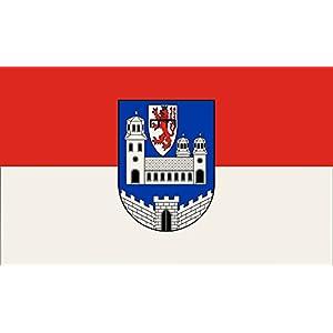 magFlags Flagge: Large Beschreibung der Flagge Rot-weiß im Verhältnis 1 1 quergestreift mit dem Wappenschild der Stadt in der Mitte   Querformat Fahne   1.35qm   90x150cm »