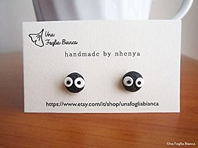 Boucles d'oreilles de suie totoro Miyazaki bijoux fait main en pâte polymère fimo