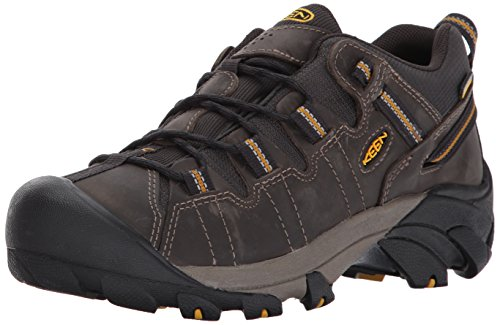 KEEN Mens Targhee ll Raven/Tawny Olive, the hiking shoe thats ready for your off-road challenges Green