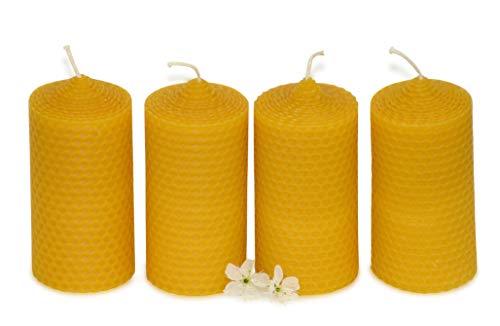 4 mittelgroße Wabenkerzen. BIENENWACHS KERZEN aus Imkerwachs - aus der Schwarzwälder Kerzenmanufaktur. Höhe 10 cm Durchmesser 5 cm