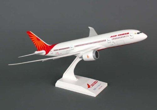 skymarks-skr729-air-india-boeing-787-8-dreamliner-1200-snap-fit-model-by-skymarks