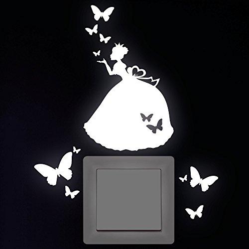 """Wandtattoo Loft """"Prinzessin 10 x 11 cm mit 10 Schmetterlingen"""" Leuchtaufkleber für Steckdose, Lichtschalter oder die Wand/Leuchtsterne/ Kinderzimmer - Wandtattoo fluoreszierende leuchtende Sticker/ nachtleuchtend"""