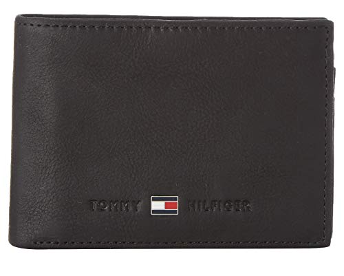 TOMMY HILFIGER Johnson Mini CC Flap and Coin Pocket BlackDatos:o Material: Piel de becerroo Dimensiones: Ancho 10.5 cm, altura 7.5 cm, profundidad 2,5 cmo Color: Negro (Negro)o Fabricante: TOMMY HILFIGER
