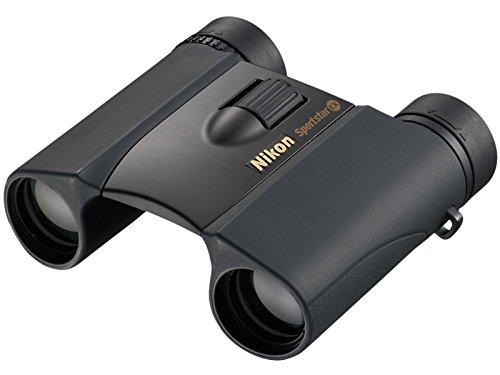 Nikon Sportstar EX, con ingrandimento 8x e obiettivo da 25 mm: il miglior binocolo compatto?