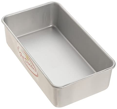 Fat Daddio's 9 Inch x 5 Inch x 2 3/4 Inch Loaf Pan by Fat Daddio's