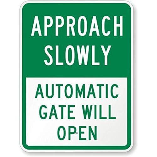 GFGKKGJFD Schild, für Ingenieur-Grade, Legend Approach Slowly - Automatisches Tor öffnet Sich, 20,3 x 30,5 cm, Grün auf Weiß