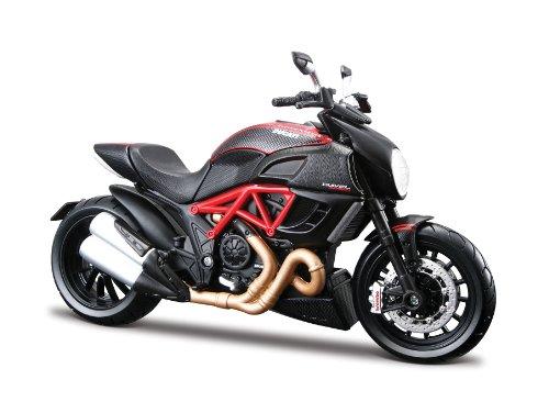 Maisto Ducati Diavel Carbon: Originalgetreues Motorradmodell im Maßstab 1:12, mit Seitenständer Federung und Gummirädern, rot-schwarz (511023) Ducati Motorrad Spielzeug