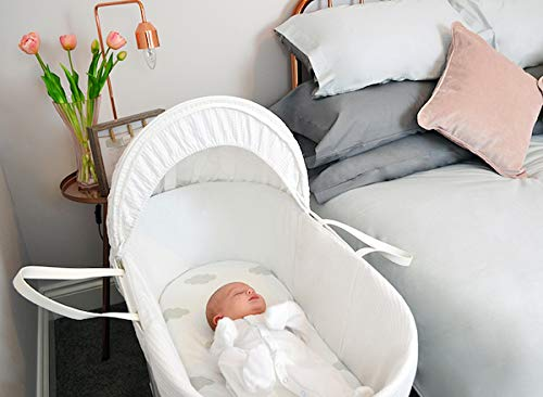 Shnuggle Moses Basket with White Waffle Cotton Dressing, Hood and Mattress - White Basket  Shnuggle Classic Moses Basket with stay up hood Hypoallergenic and easy to clean Super strong and long lasting 6