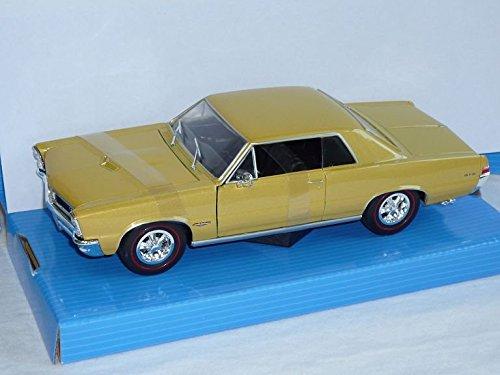 pontiac-gto-coupe-1965-gold-beige-1-24-welly-modell-auto-mit-individiuellem-wunschkennzeichen