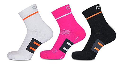 High quality performance socks, perfect fit and superior comfort, arch support, anti-spill, ideal for running, cycling, hiking, fitness, daily use, developed in Scandinavia and produced in the EU. (Black, 43-46)