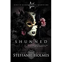 Shunned: a reverse harem bully romance (Kings of Miskatonic Prep Book 1) (English Edition)