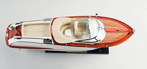 Modernes Schiffsmodell nach