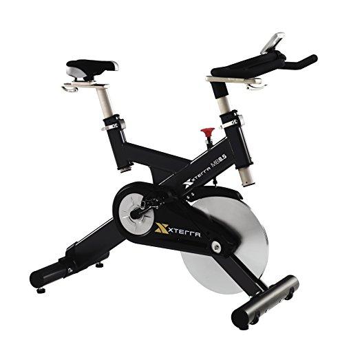 XTERRA MB 8.5 Indoor Cycle mit 22 KG Schwungrad und Standard/SPD-Pedale