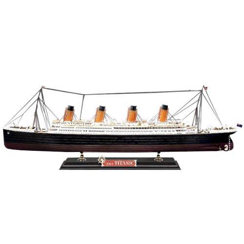 Maqueta de barco escala 1:400