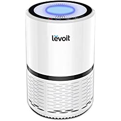 Levoit Luftreiniger Air Purifier mit HEPA-Kombifilter & Aktivkohlefilter, 3-Stufen-Filterung für 99,97% Filterleistung und Nachtlicht, gegen Staub Pollen Tierhaare, für Allergiker Raucher, LV-H132