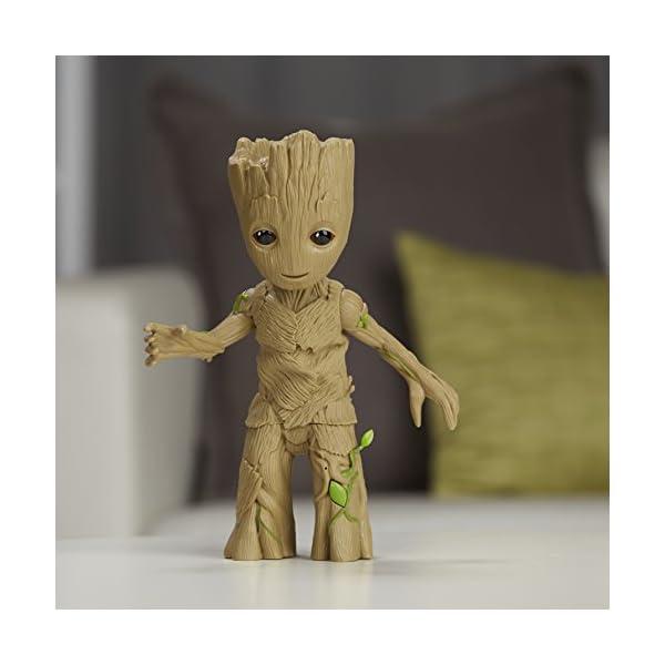 Guardianes de la Galaxia Marvel Groot bailarín (Hasbro C0225EU4) 4