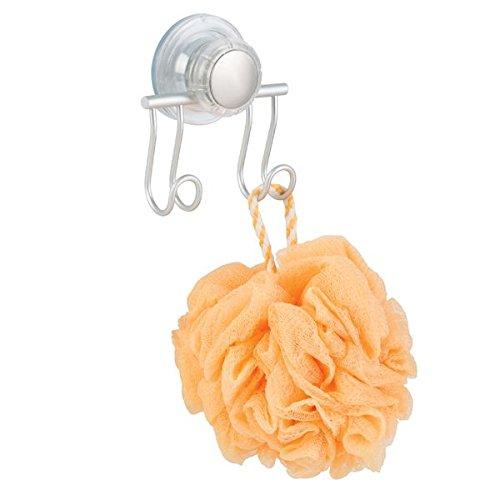 mDesign Ganchos con ventosa para ducha y baño – Práctico organizador de ducha para cuchillas, esponjas, etc. – Ganchos de pared dobles para accesorios de baño – Color: plateado